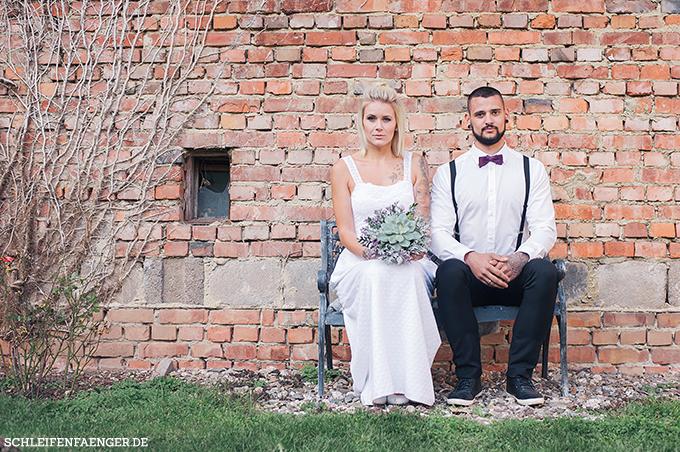 Hochzeitsinspiration Vintage Scheunenhochzeit In Pflaume Grau