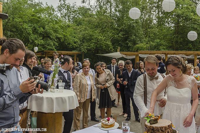 Boho-Hochzeitskleid Leipzig Hippie Wiese