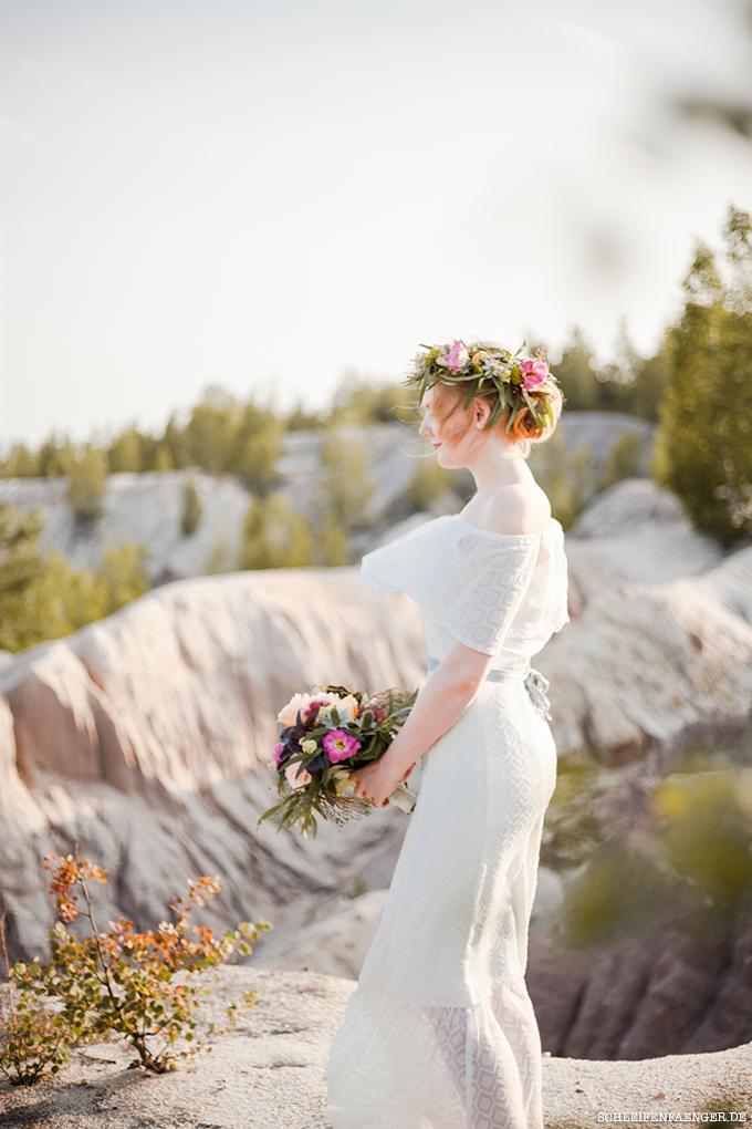 Schulterfreies Boho-Brautkleid - Sommerliche Hochzeitsinspiration ...