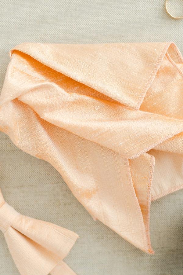 Einstecktuch aus Seide in Apricot
