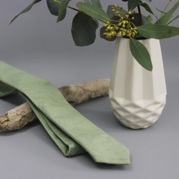 Krawatte aus Seide in Eukalyptusgrün