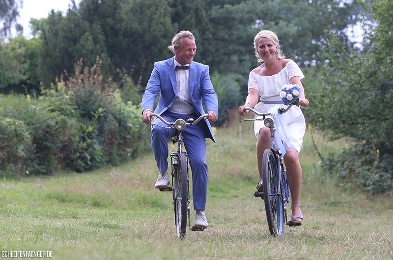 Hiddensee Brautkleid mit Carmen-Ausschnitt