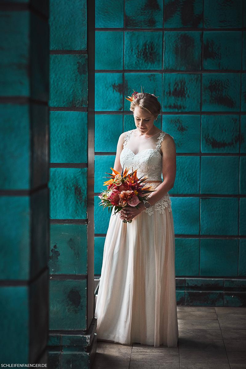 Brautkleid Frieda von Schleifenfänger