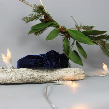Haarband aus Seidensamt in Saphirblau