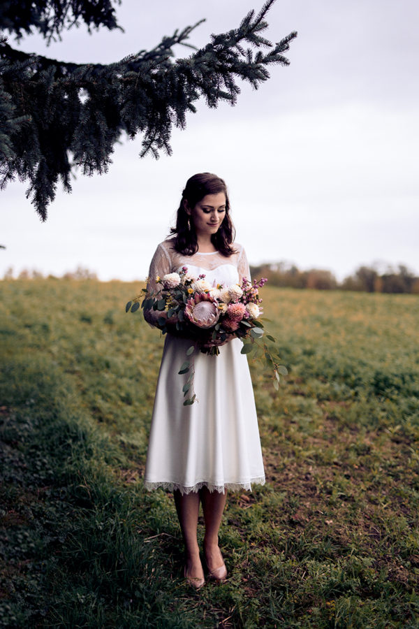 kurzes Vintage-Brautkleid