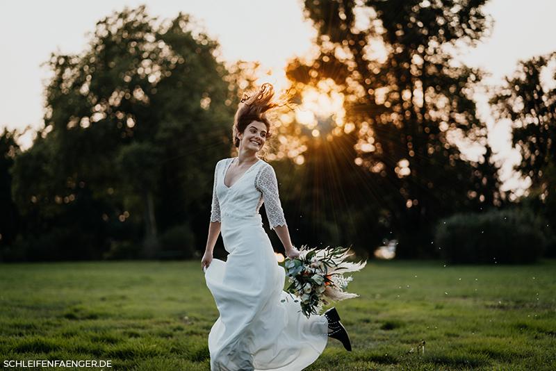 Hochzeit auf der Wiese